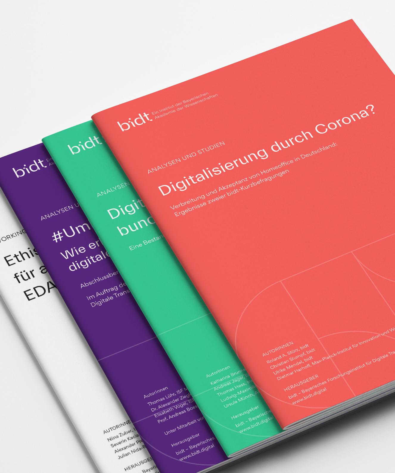 bidt-Publikationen-4-Mockup-hochkant